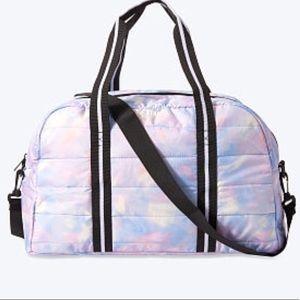VICTORIA SECRET PINK DUFFLE BAG QUILTED Tie dye